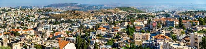 Nazareth med basilikan av förklaringen Arkivfoton
