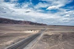 Nazca ökenhuvudväg Arkivfoto