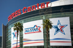 NBA tout le jeu d'étoile au centre d'agrafes Image libre de droits