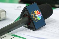 NBC μικρόφωνο έτοιμο για τη συνέντευξη κατά τη διάρκεια του Ρίο 2016 Ολυμπιακοί Αγώνες Στοκ φωτογραφίες με δικαίωμα ελεύθερης χρήσης