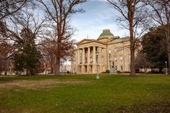 NC huvudbyggande Raleigh, North Carolina Fotografering för Bildbyråer