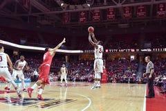 2015 NCAA人的篮球-寺庙休斯敦 库存照片