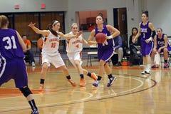 NCAA女孩篮球 免版税库存图片
