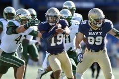 2015 NCAA橄榄球-海军的南佛罗里达 库存图片