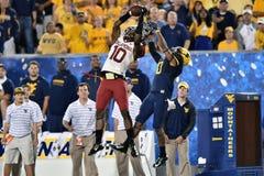 2014 NCAA橄榄球- WVU俄克拉何马 库存图片