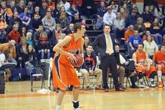 NCAA男孩篮球 免版税图库摄影