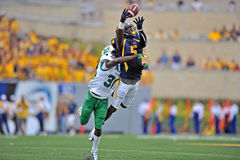NCAA 2012 - Action de WVU-Marshall Image stock