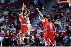 2015 NCAA人的篮球-寺庙休斯敦 免版税库存照片