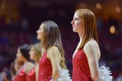 2015 NCAA-basket - Tempel-Cincinnati Arkivbilder