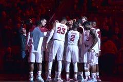2015 NCAA-basket - Tempel-Cincinnati Arkivfoto