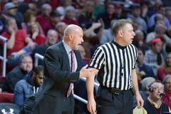 2015 NCAA-basket - Tempel-Cincinnati Royaltyfri Foto
