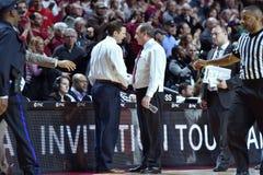 2015 NCAA Basketbal - NIT-Kwartfinales tempel-La technologie Royalty-vrije Stock Afbeelding
