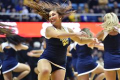 2015 NCAA Basketbal - Staat WVU-Oklahoma Stock Foto's