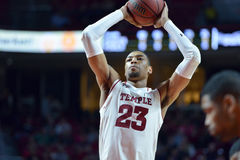 2015 NCAA Basketbal - tempel-Cincinnati Royalty-vrije Stock Fotografie