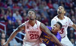 2015 NCAA Basketbal - tempel-ECU Stock Foto