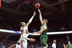 2015 NCAA Basketbal - tempel-Tulane Stock Fotografie