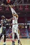 2015 NCAA Basketbal - Tempel - UCF Stock Foto's