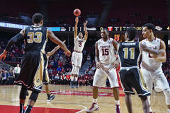 2015 NCAA Basketbal - Tempel - UCF Royalty-vrije Stock Afbeelding
