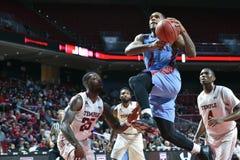 2015 NCAA Basketbal - Tempel versus de Staat van Delaware Royalty-vrije Stock Foto's
