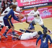 2014 NCAA-Basketball - der Basketball der Frauen Lizenzfreie Stockfotografie