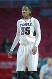 2014 NCAA-Basketball - der Basketball der Frauen Lizenzfreie Stockbilder