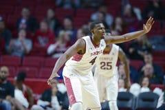 2014 NCAA-Basketball - der Basketball der Männer Lizenzfreie Stockbilder