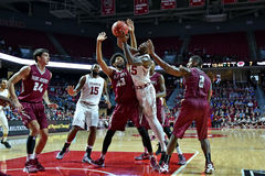 2015 NCAA-Basketball - St. Joe am Tempel Stockbild