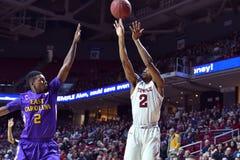 2015 NCAA-Basketball - Tempel-ECU Lizenzfreies Stockfoto
