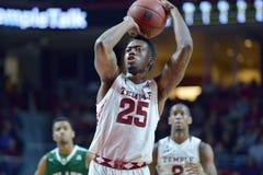 2015 NCAA-Basketball - Tempel-Tulane Lizenzfreie Stockfotos