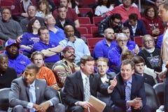 2015 NCAA-Basketball - Viertelfinale-Tempel-La neuer Informationstechnologie tech Stockbilder