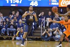 2015 NCAA-Basketball - WVU-Oklahoma-Staat Lizenzfreie Stockfotos