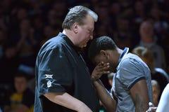 2015 NCAA-Basketball - WVU-Oklahoma-Staat Lizenzfreie Stockfotografie