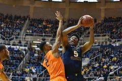 2015 NCAA-Basketball - WVU-Oklahoma-Staat Lizenzfreies Stockbild