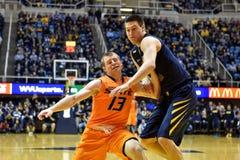 2015 NCAA-Basketball - WVU-Oklahoma-Staat Stockbilder