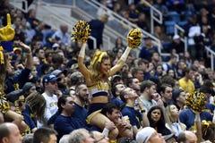 2015 NCAA-Basketball - WVU-Oklahoma-Staat Stockfotografie