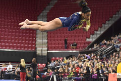 2015 NCAA-Damen-Gymnastik - WVU Stockfotos