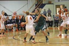 NCAA het Basketbal van Meisjes   Royalty-vrije Stock Afbeeldingen