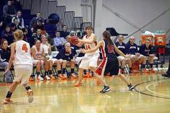 NCAA het Basketbal van Meisjes Stock Foto's