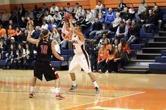 NCAA het Basketbal van Mensen Stock Foto's