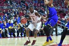 2015 NCAA het Basketbal van Mensen - Delaware bij Tempel Stock Afbeelding