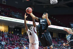 2014 NCAA het Basketbal van Mensen - TEMPEL versus LIU Stock Afbeelding