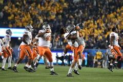 2015 NCAA Voetbal - de Staat van Oklahoma in West-Virginia Stock Fotografie