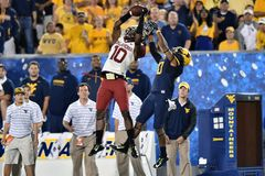 2014 NCAA Voetbal - WVU-Oklahoma Stock Afbeelding