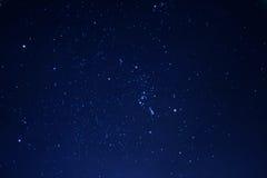 Nächtlicher Himmel im Winter Lizenzfreies Stockfoto