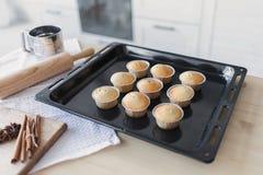 NCooking-Kuchen in der Küche lizenzfreie stockbilder