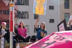 2nd årliga mars för kvinna` s - foster royaltyfri foto