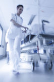 Nödläge för sjukhus för Gurney för bår för rörelsesuddighet tålmodigt Royaltyfri Bild