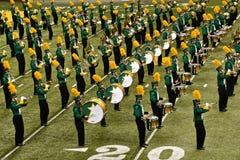 NDSU-het marcheren band op het FargoDome-voetbalgebied stock foto