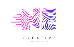 Ne N.E. Zebra Lines lettre Logo Design avec des couleurs magenta Photos stock