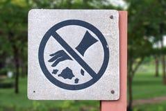 Ne projetez pas le signe de déchets Images stock